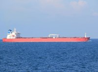 Eltéríthettek egy hajót a brit szigetek mellett
