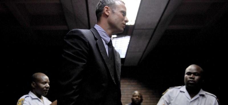 Pistorius művégtagjai nélkül ment be a fürdőszobába