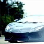 Szexi csajok, brutális Lamborghini az új Victoria's Secret videóban