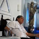 Magyarokat is kiutaztattak az orális szexszel gyógyító brazil csodadoktorhoz