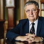 Lovász László kapta a matematika legrangosabb nemzetközi díját