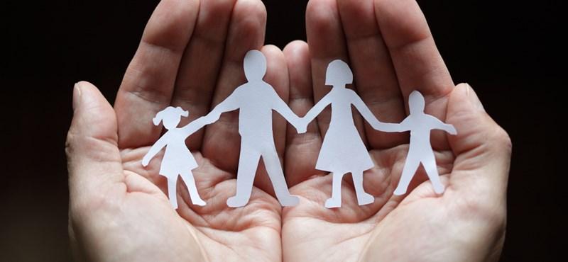 """""""Kis buddhák"""" uralkodnak a brit szülőkön"""