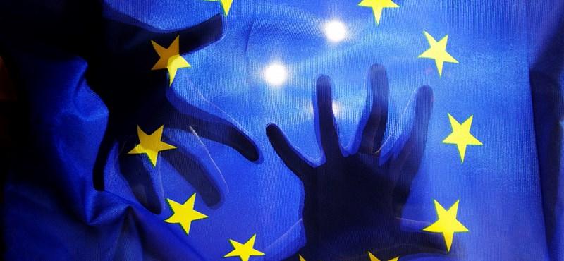 Tóta W. Árpád: Európa visszavár