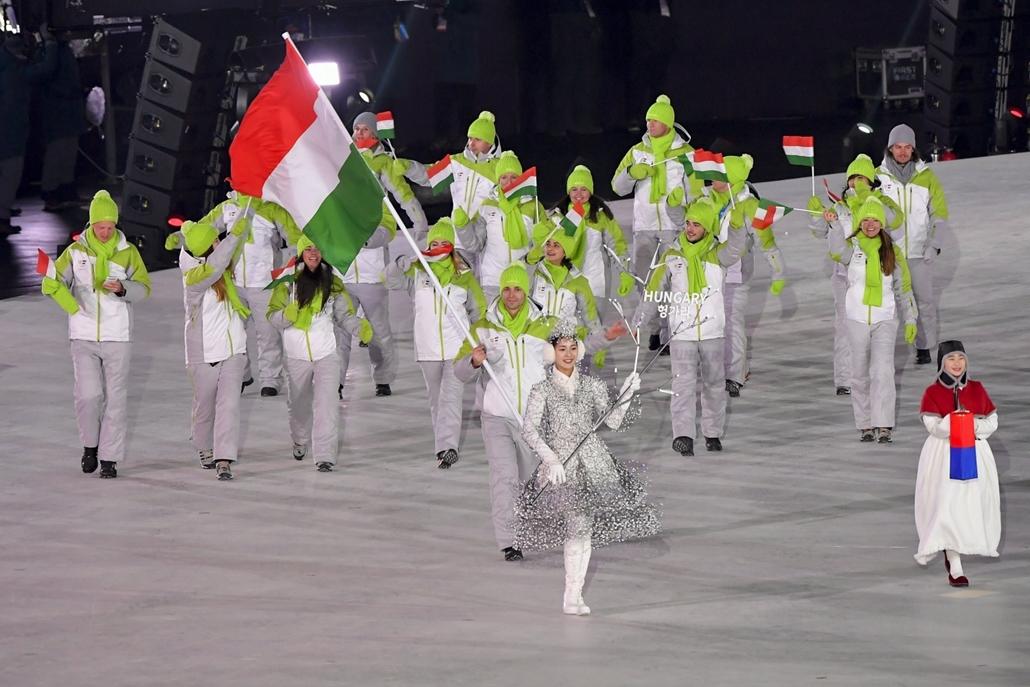 mti.18.02.09. - Téli Olimpia 2018 - Megnyitó - Bevonul a Magyar csapat