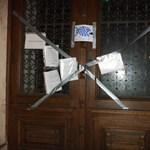 Újabb diákakció: leragasztották az egyetemek ajtajait a HaHa-sok