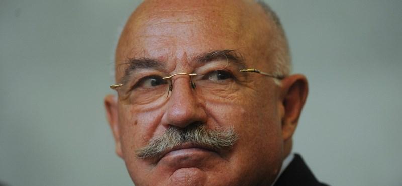Martonyi: a cukoripari privatizációra egyáltalán nem emlékszem
