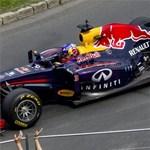 Nagy hír a Forma-1 számára, a Red Bull benevezett 2016-ra
