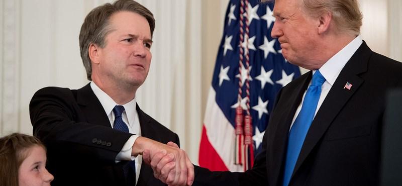 Már esküt is tett Brett Kavanaugh, ő lett az USA 114. alkotmánybírája