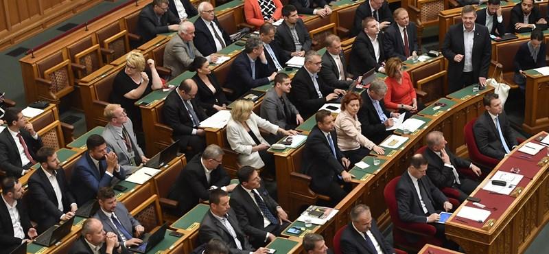 Handó Tünde, közigazgatási bíróságok - fontos kérdésekről dönthet a héten az Orbán-kormány