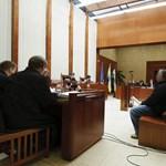 Emberölés kísérletéért vádat emeltek a fekete sereg egy tagja ellen