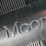 Öt magyar bankot minősített le a Moody's