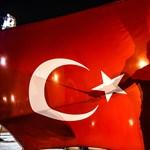 Mellbevágó hírt kaptak ma a török közalkalmazottak