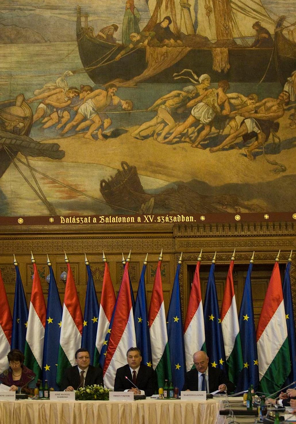 Eu-Magyar Elnökség Együttes Ülés 2011.01.07 Orbán Viktor és Jose Barosso