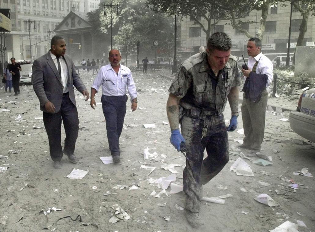 afp.01.09.11. - New York, USA: támadás a világkereskedelmi központ (World Trade Center) ellen- wtc, 911