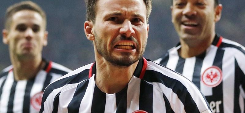 Huszti nagyon odatette magát, le is győzték a Dortmundot
