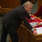 Miért szállt szembe Orbánnal Pokorni?