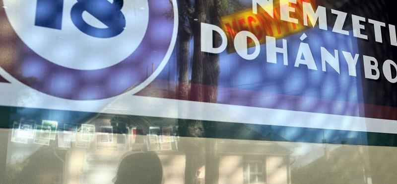 """""""Kocsmai állapotok"""" miatt bírságolt a rendőrség a XV. kerületi dohányboltoknál"""