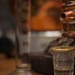 Népszava: 10 milliárdos büntetés jöhet az otthoni pálinkafőzés miatt