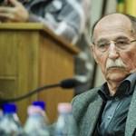 Elbukott a herceghalmi puccs, Erdősi László marad a polgármester