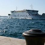 A horvát tengerparton magyar rendőrök segítik a turistákat