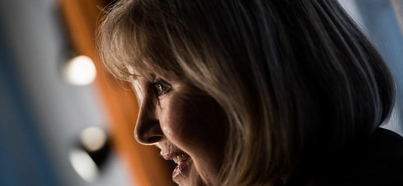 A magyar médiacézár, aki a leghülyébb halálhírt is megosztja Halász Juditról