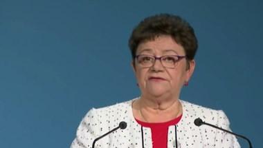 Müller Cecília: Otthonaikban, a háziorvos oltja majd a 60 év felettieket