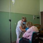Továbbra is önkénteseket keres az Országos Kórházi Főigazgatóság