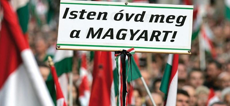 Párhuzamos Magyarországok, kevés átjárással