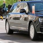 Putyin végre új, orosz gyártmányú limuzinján hajtatott a Kremlbe