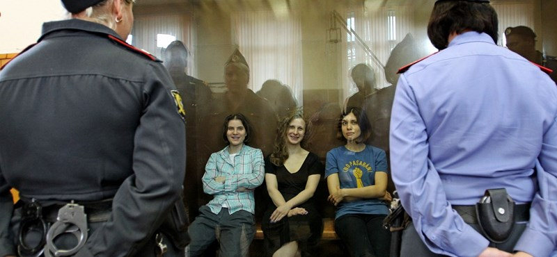 A Pussy Riot többi tagját keresi az orosz rendőrség