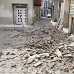 Izmirtől Athénig érezték a délutáni erős földrengést