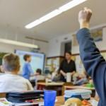 A szülők és az EU tartják össze a magyar oktatást