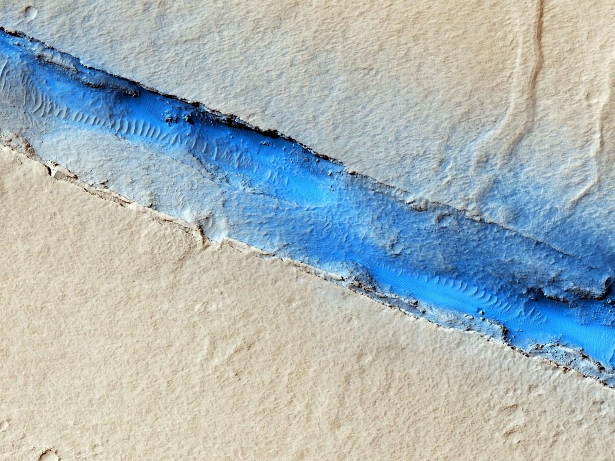 Újabb bámulatos fotók a Marsról