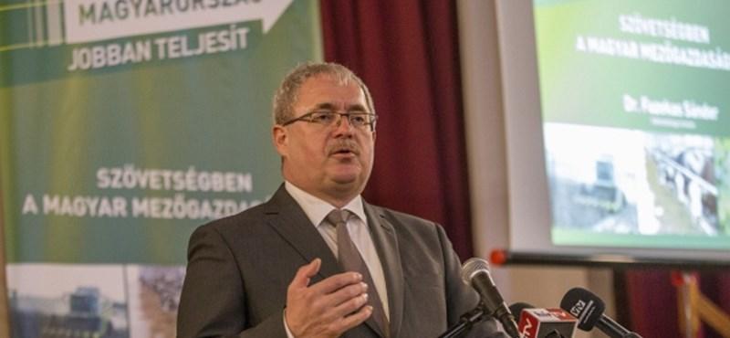 Kormánybiztos lesz a volt földművelési miniszter