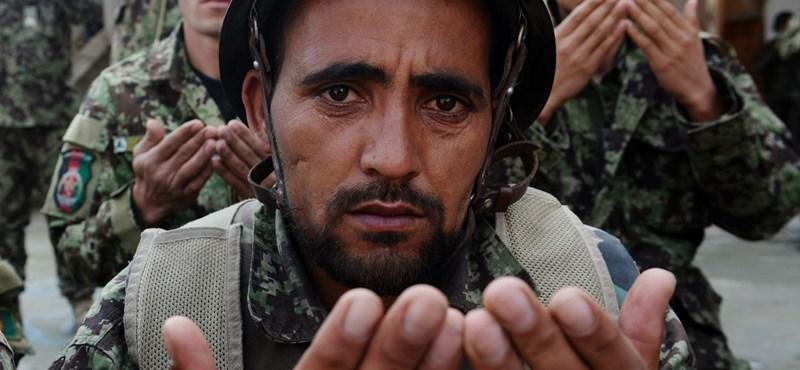 A tálibok először hirdettek tűzszünetet. Vallási elöljárók szerint a terrorizmus iszlámellenes