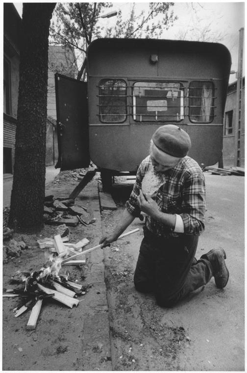 Részlet a Vendégmunkás sorozatból, 1979-1986 - Magyar sorsok és életművek - Nagyítás-fotógaléria, kiállítás