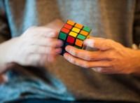 A Rubik-kocka gyártója szerint nem szűnt meg az oltalom