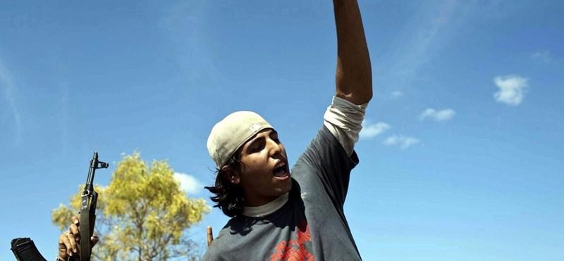 Fotó Kadhafi 18 éves gyilkosáról