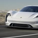 Jön a Porsche villanyautója, aminek nem a Tesla jelenti a mércét