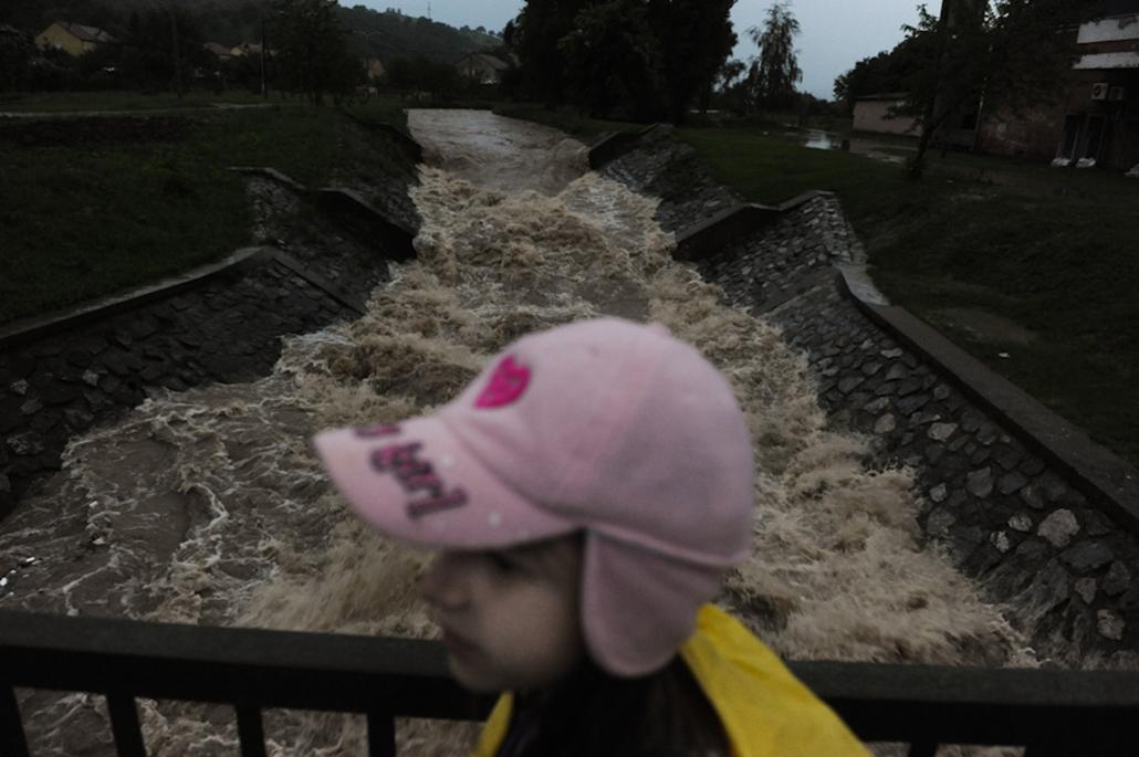 árvíz nagyítás