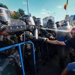 A román államfő nekiment a kormánypártnak a pénteki erőszakos tüntetés leverése miatt