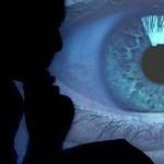 A CIA és az FBI is figyeli a Facebook és a Twitter használóit