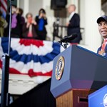 Egy Obamához közel álló afroamerikai politikus is indul a demokrata elnökjelöltségért