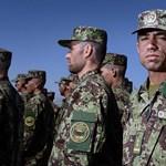 Tájidegen egyenruhát kaptak az afgán katonák