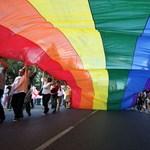 Kikelt a melegházasság ellen az anglikán egyház