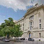 Megválnak a pletykálkodást betiltó törvényszéki vezetőtől