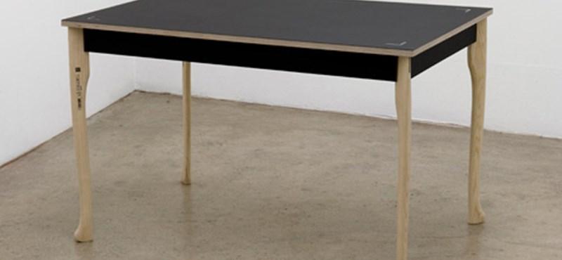 Baltás asztal