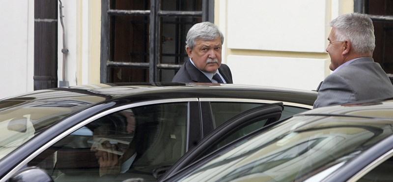 Csányi Sándort kikérdezte a horvát rendőrség