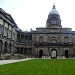 Skóciai egyetemek tandíj nélkül: így szerezhettek külföldi diplomát