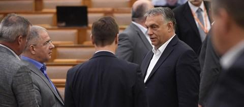 Online konferencián mondja el Orbán, mit gondol Európáról